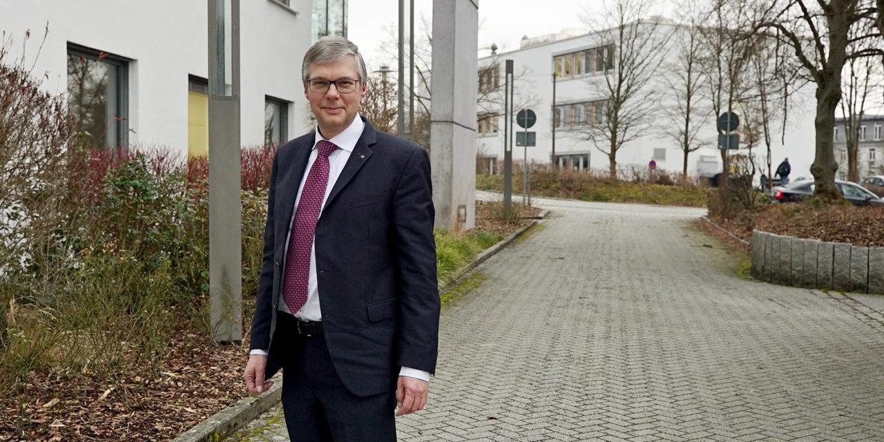 Unterwegs mit:  Prof. Apl. Prof. Dr. Wolfgang Viöl